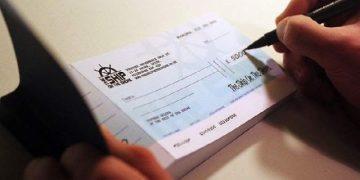 Cheque là hình thức giao dịch thuận tiện hiện nay